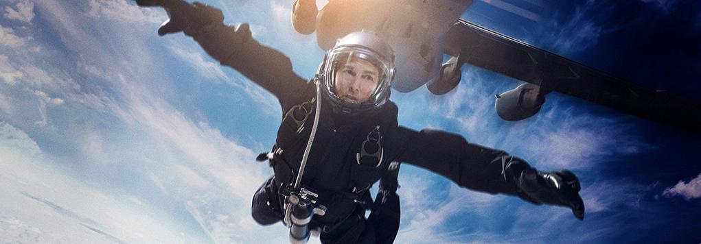 《碟中谍6》他亲自完成高空跳伞等危险动作,