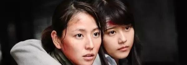 """这部日本丧尸片,比""""釜山行""""更血腥,更压"""